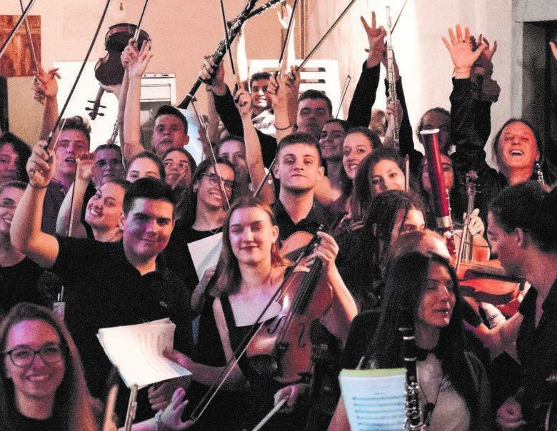 A Forlì un ponte tra i popoli non solo in musica ma anche in foto