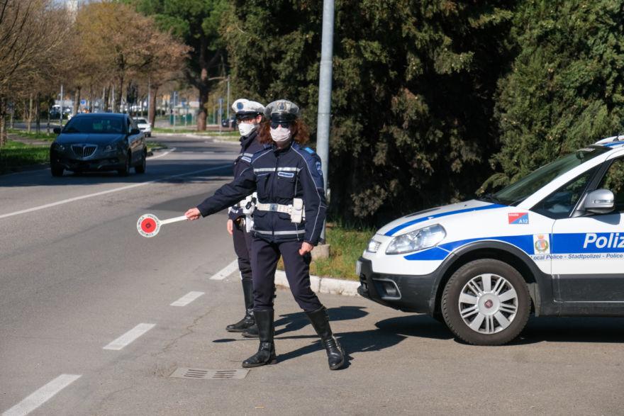 In giro senza permesso, a Ravenna 30 denunciati in un giorno