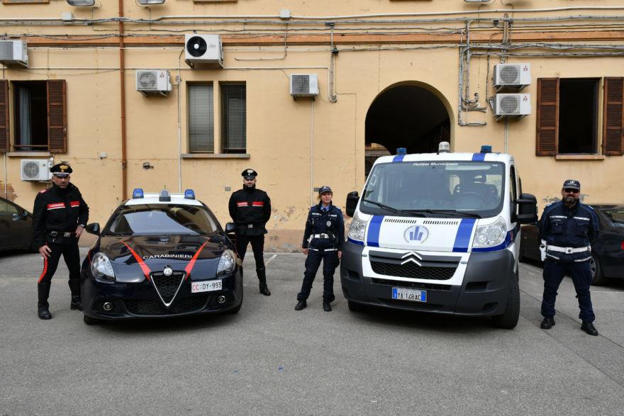 Forlì, evade e investe pedone apposta. Arrestato 69enne di Ravenna