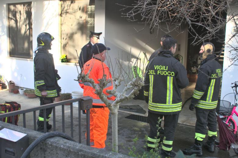 Incendio a Cotignola, quattro intossicati tra cui due bambini