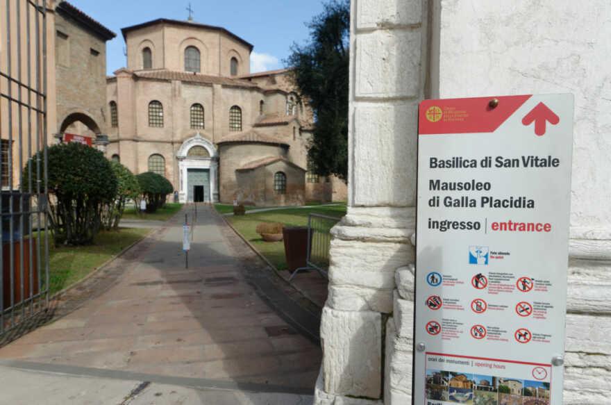 Ravenna, riaprono i monumenti. Ma i turisti in giro sono pochi