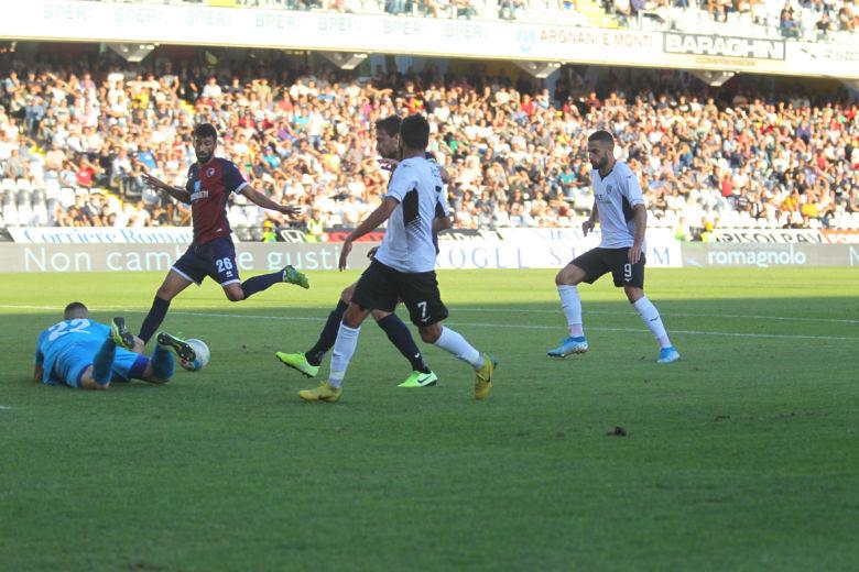 Calcio, il Cesena chiede la sospensione dei campionati