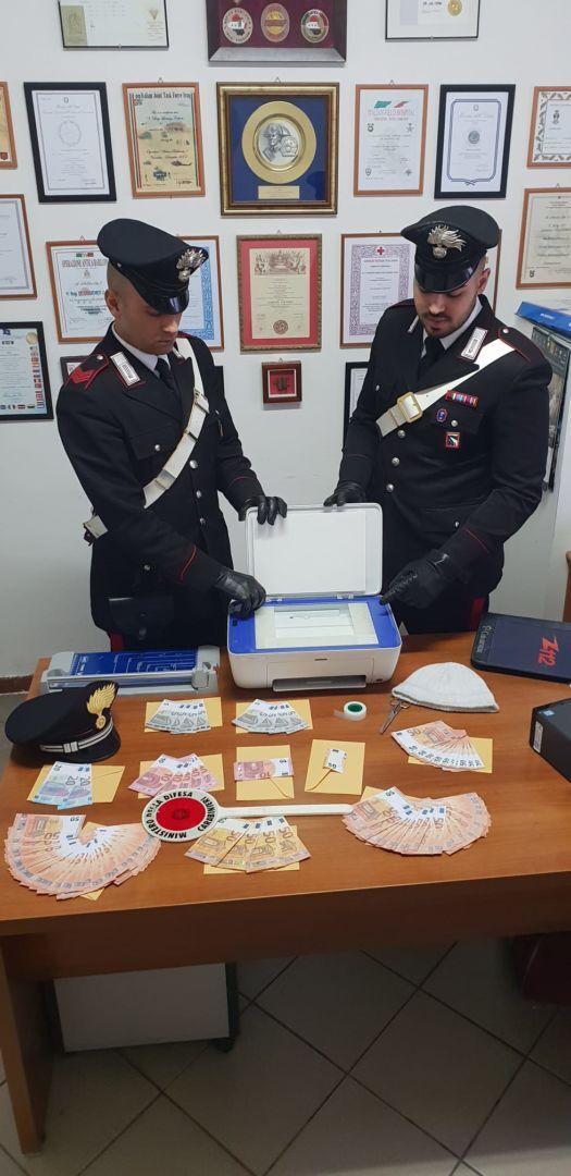 Rimini, arrestato con banconote false in una sala giochi