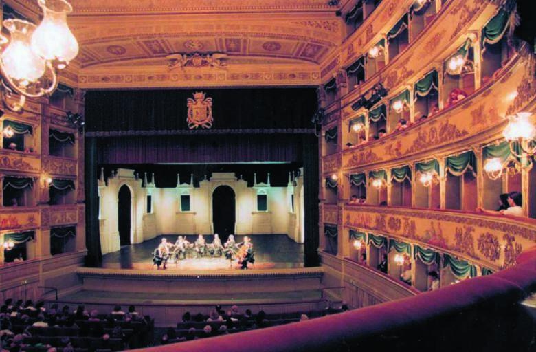 Un grande palcoscenico virtuale per l'Emilia-Romagna