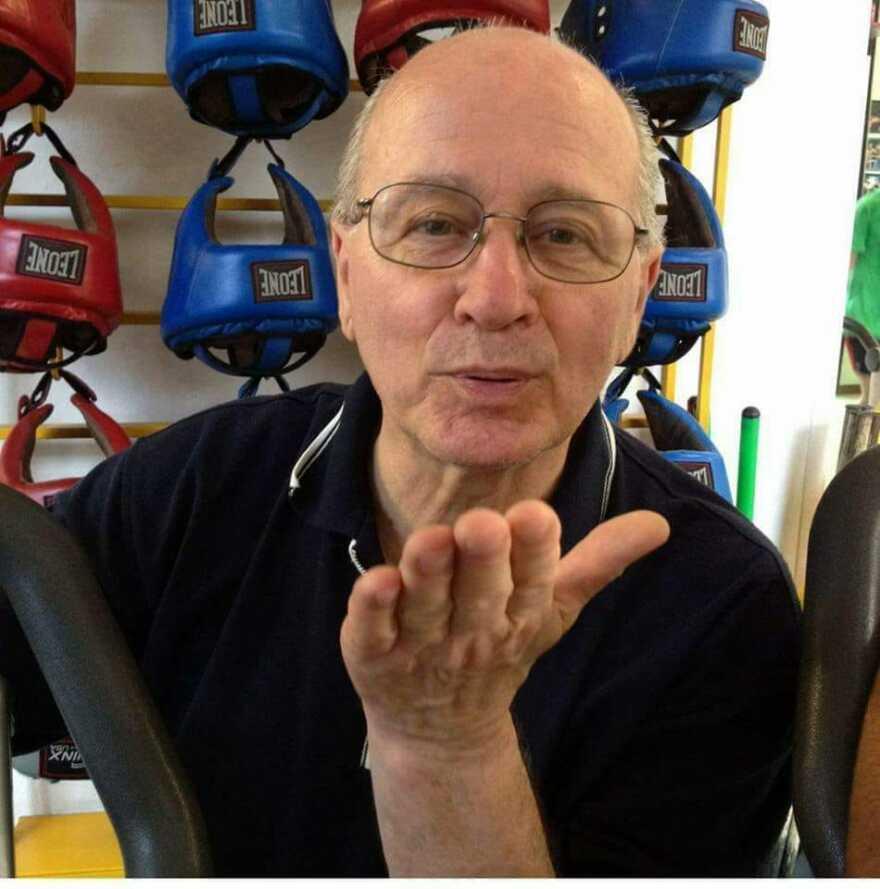 Rimini, è morto Elio Ghelfi, il signore della boxe