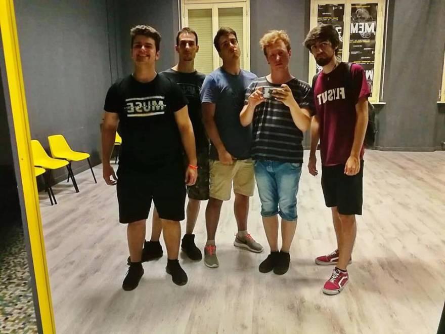 Forlì, giovane band lancia un talk musicale per passare il tempo