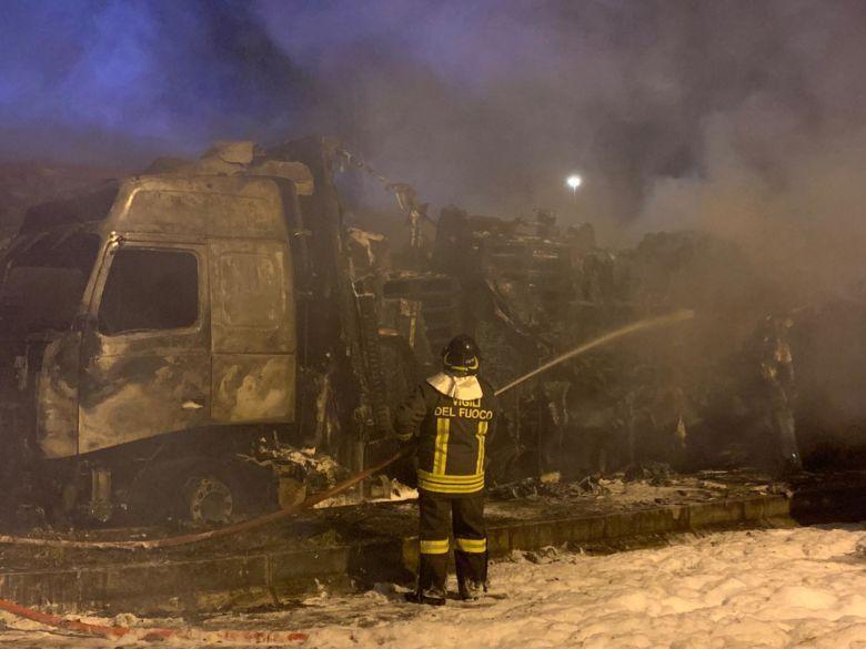 Esplosione all'autoporto di Cesena - VIDEO