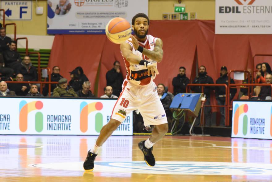 Basket, Mo Watson ha lasciato Forlì