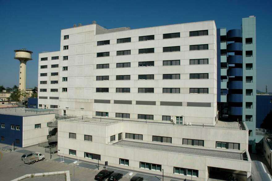 Forlì, l'ospedale si riorganizza: 109 letti per pazienti con Covid