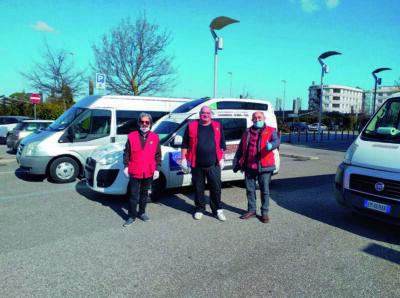 Rimini, i volontari della spesa: che fatica accontentare tutti