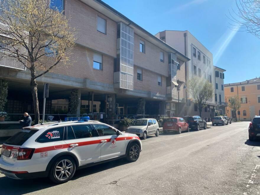 """Coronavirus a Cesena: """"Esproprio sanitario"""" di una casa di riposo"""
