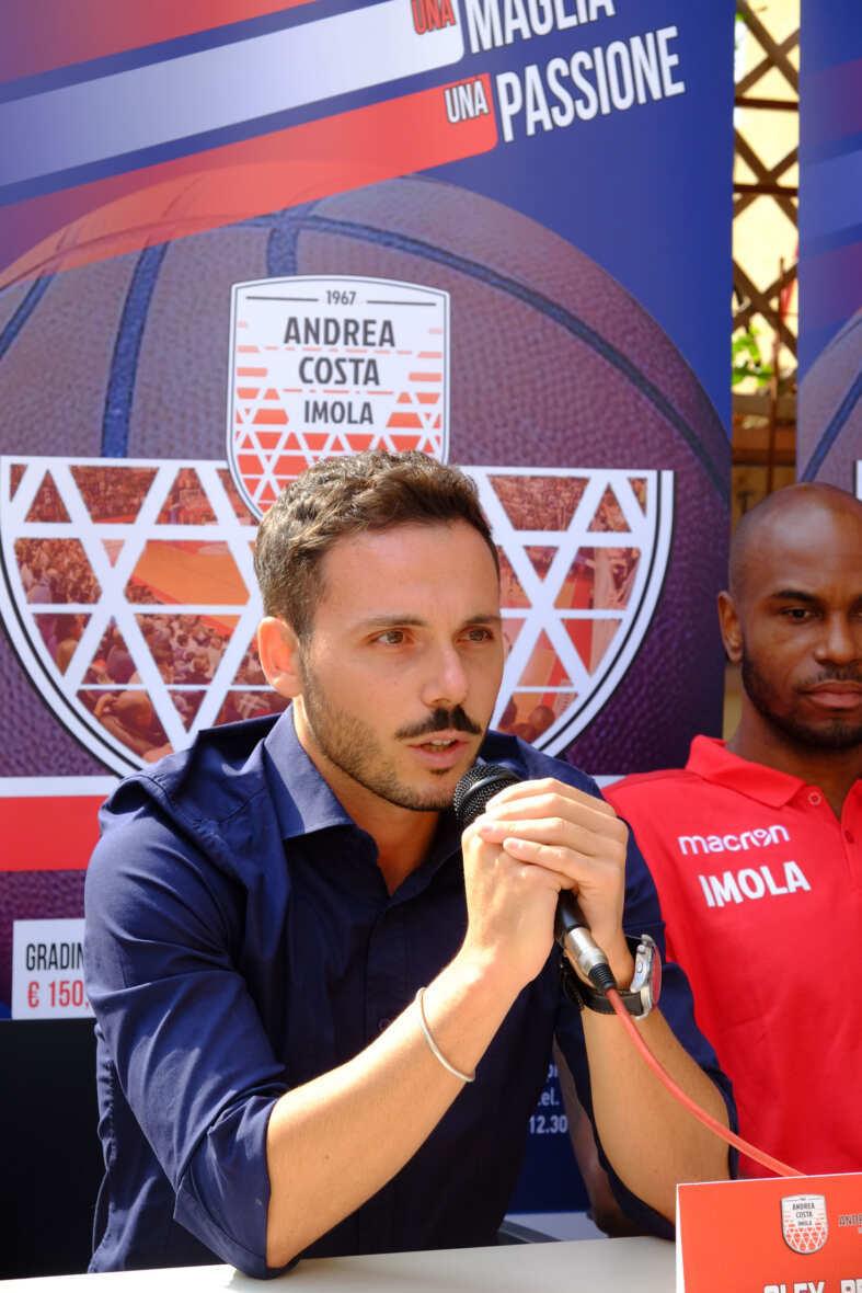 Basket, l'Andrea Costa e Petrilli si separano