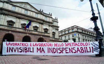 Il mondo dello spettacolo oggi in piazza a Bologna