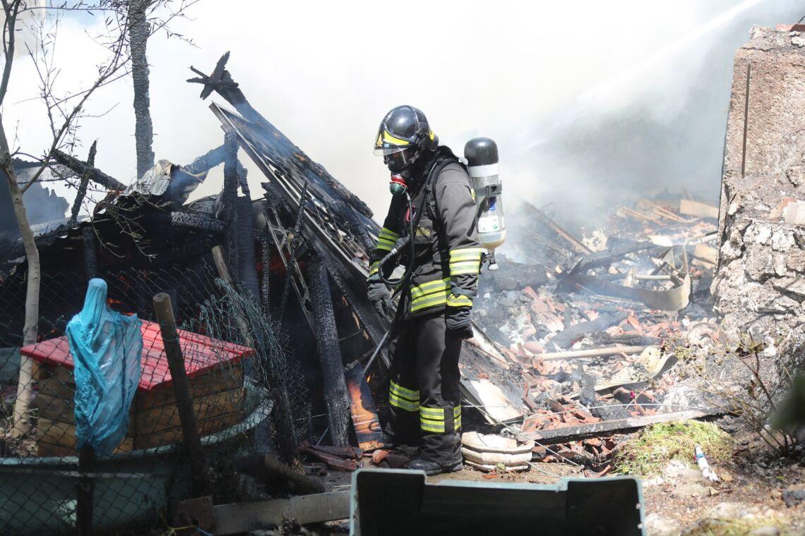 Incendio nel bosco vicino Borgo Tossignano