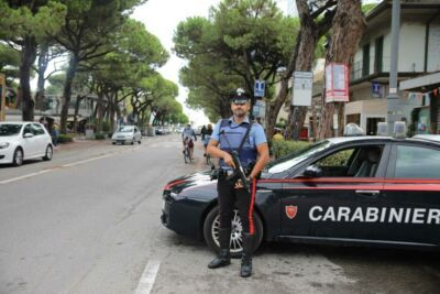 Droga e coltelli: denunce in serie dei carabinieri di Cesenatico