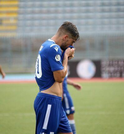 Calcio, il Rimini condannato alla D per... coronavirus