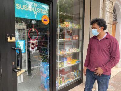 Negoziante preso di mira dai bulli e ferito in centro a Cesena