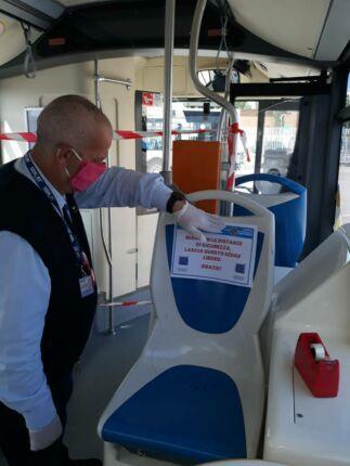 Coronavirus, ripartono bus e traghetto. Facilitatori in campo