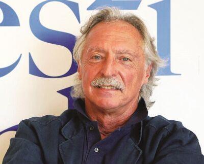 Reading del poeta Stefano Simoncelli a Cesena