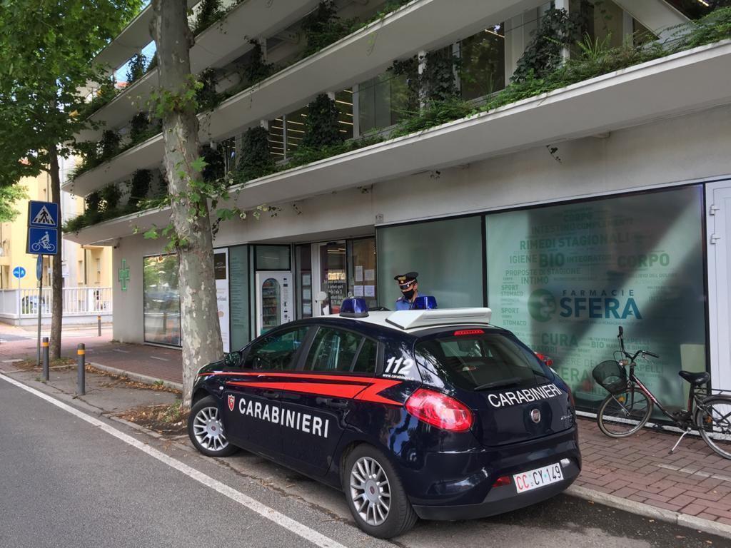 Imola, rapina alla farmacia della stazione arrestato 42enne