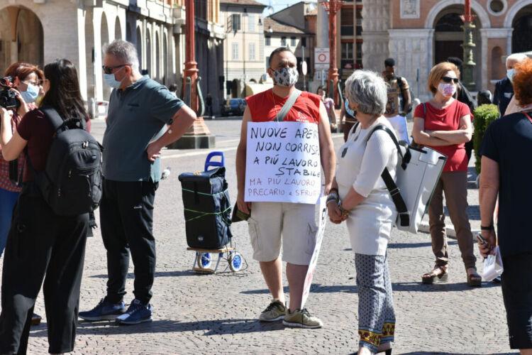 Forlì, cittadini in piazza contro il nuovo centro commerciale