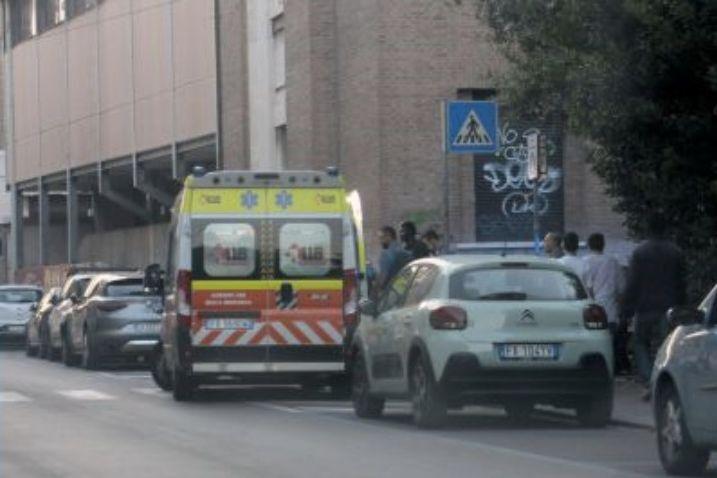 Rissa in strada a Ravenna, a colpi di coltello