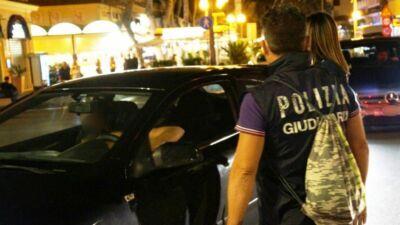 Ubriaco in monopattino: riminese multato ma salva la patente
