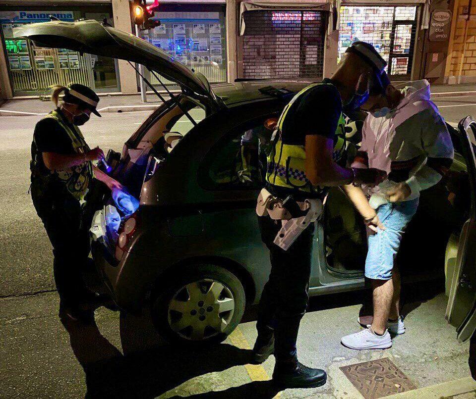 Savignano: tenta il furto coi proprietari in casa, arrestato