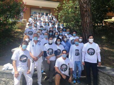 Coronavirus: maglietta commemorativa al Bufalini di Cesena
