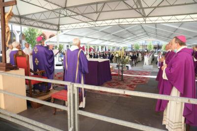 A Cesena i funerali del vescovo emerito Lino Garavaglia
