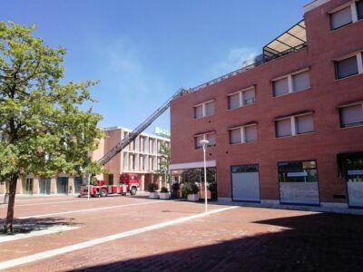 Incendio in un attico di piazza Sciascia a Cesena