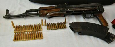 Banditi arrestati a Cesena dopo la fuga: le armi all'esame del Ris