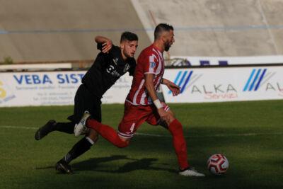 Calcio D, il Forlì si tiene stretto il capitano Filippo Baldinini