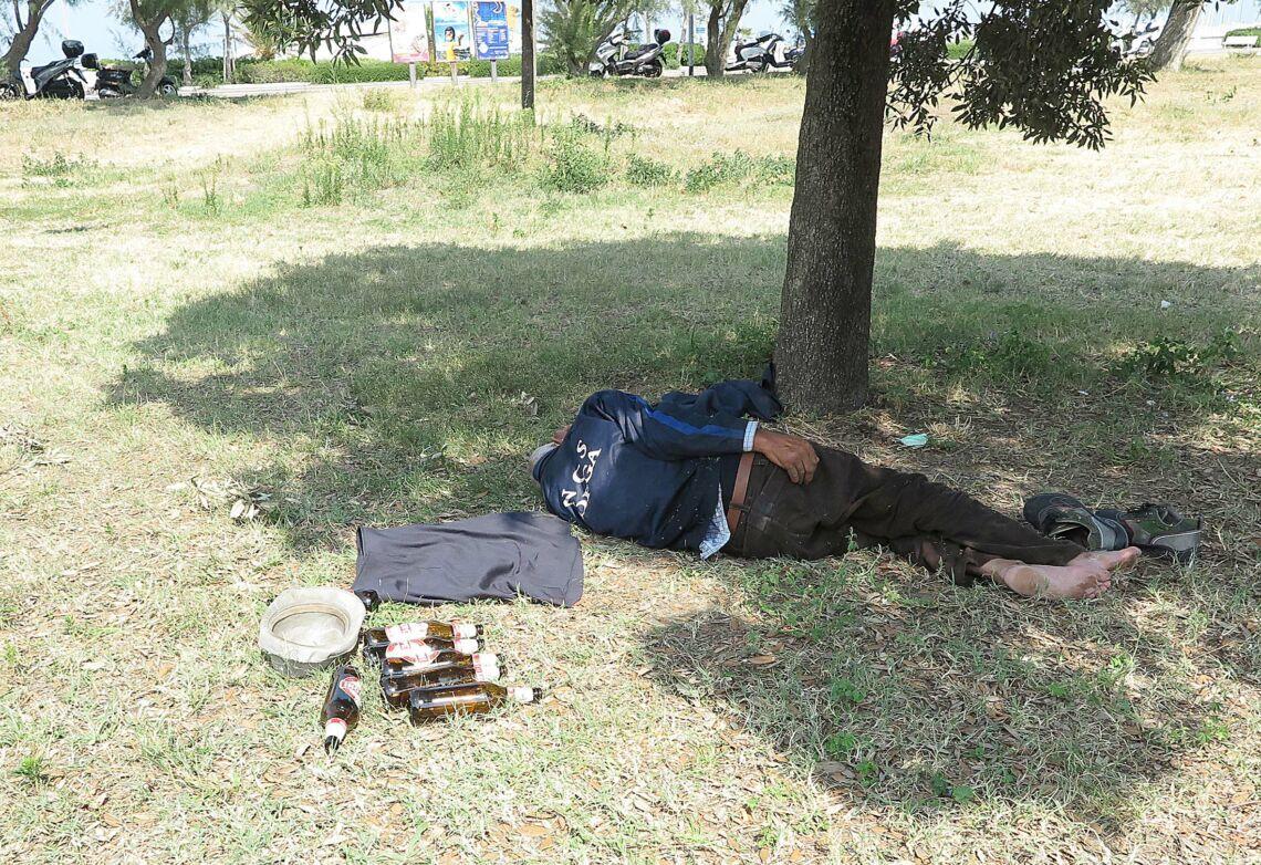 Guerra tra bande di spacciatori al parco Murri di Rimini: arresti