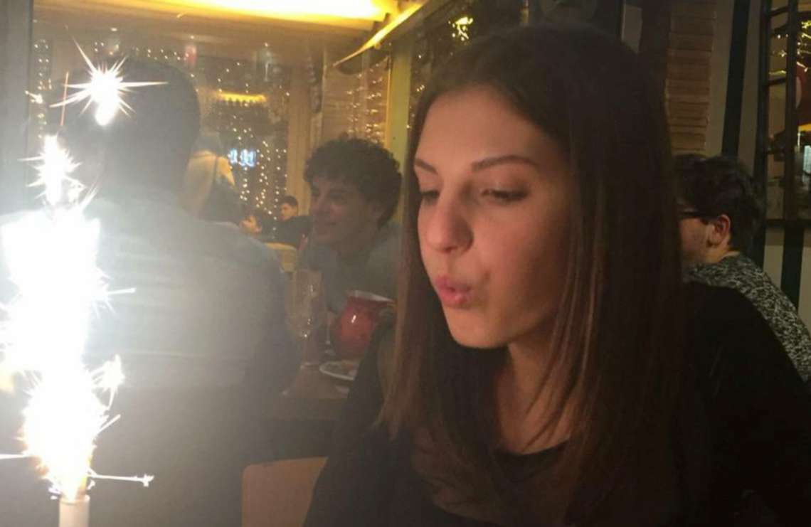 Rimini, muore a 18 anni per una crisi respiratoria