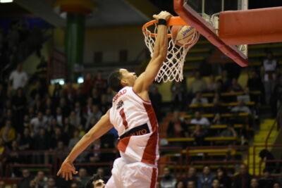 Basket A2, l'Unieuro annuncia la conferma di Erik Rush