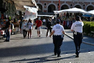 Forlì, senza mascherine dove è obbligatorio: scattano le multe