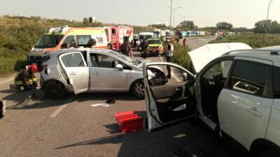 Ravenna, contromano sulla superstrada per il porto crea incidente