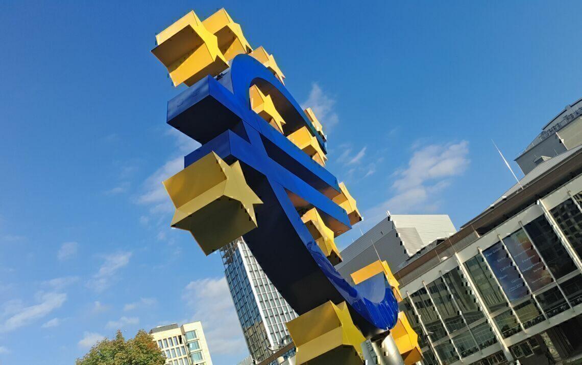 Euro signage