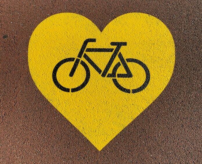 yellow and black love print
